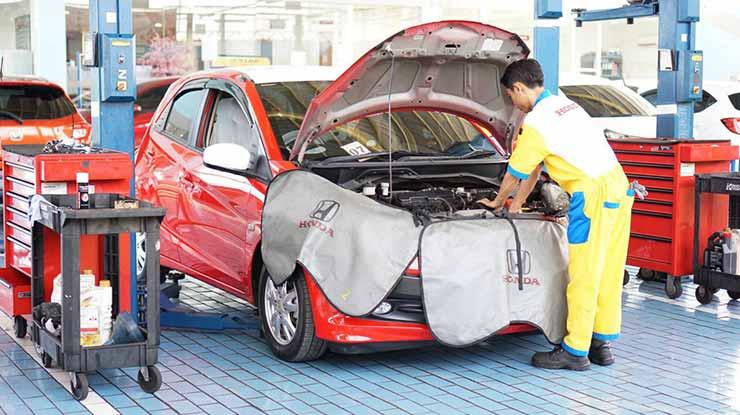 Biaya Service Mobil Honda di Bengkel Resmi