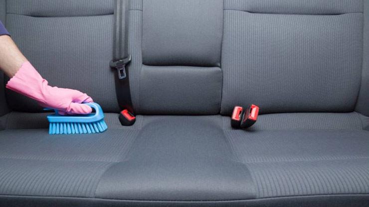 Cara Membersihkan Jok Mobil Yang Berjamur