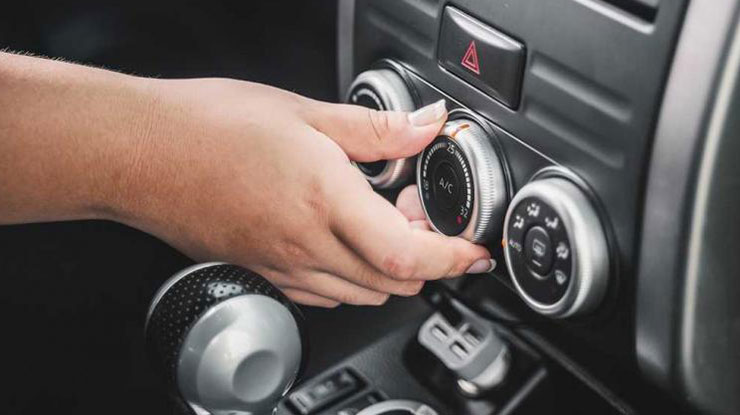 Tidak Menyalakan AC Mobil Ketika Mesin Baru Menyala