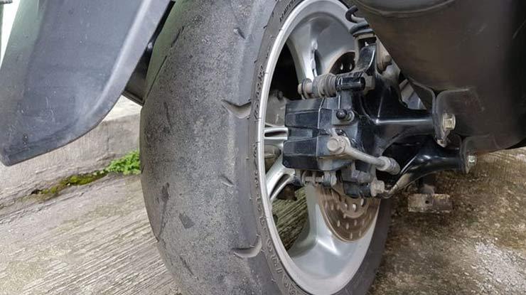 Ban Motor Dunlop Cepat Aus