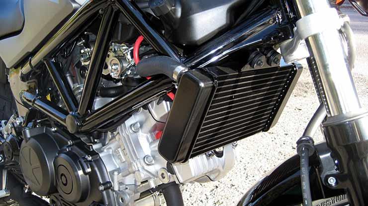 Ciri Ciri Air Radiator Motor Habis