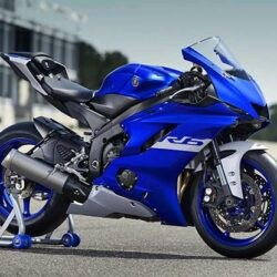 Review Motor Yamaha R6