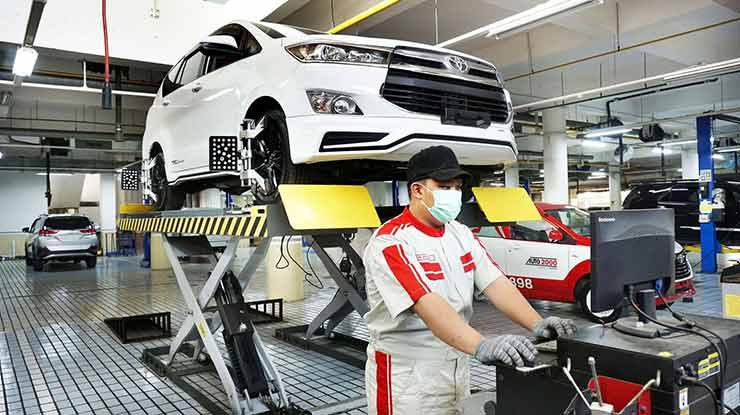 Biaya Service Mobil Toyota 10.000 km