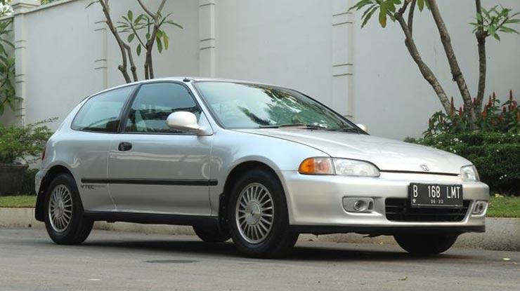 4 Honda Civic Estilo