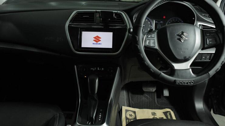 Fitur Mobil