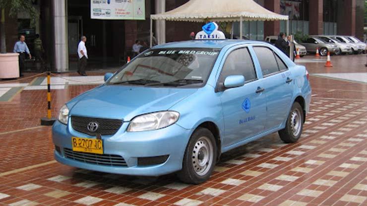 Mobil Toyota Limo Bekas Taksi