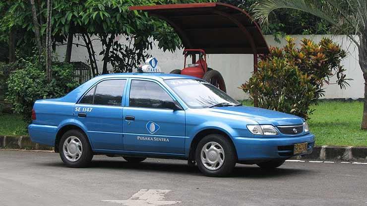 Mobil Toyota Soluna Bekas Taksi