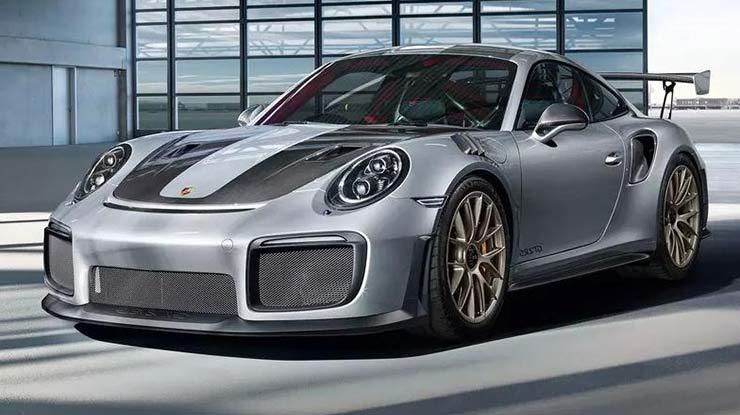1. Mobil Sport Porsche 911 Carrera Irit Bahan Bakar